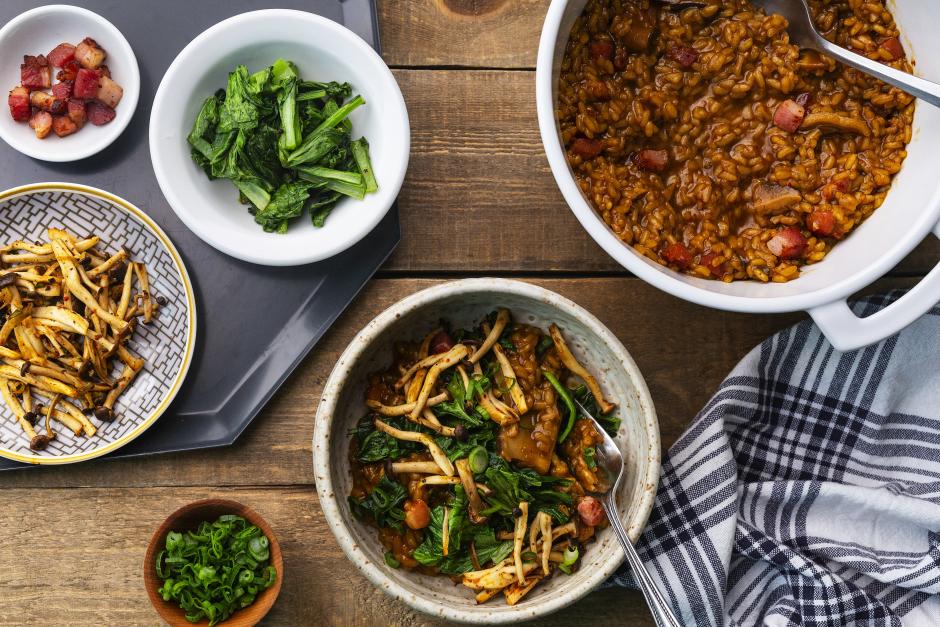 « Hot pot » aux champignons shimeji & pancetta