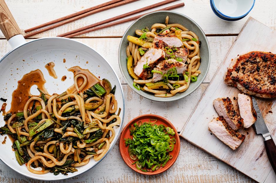 Stir-Fried Udon Noodles with Pork
