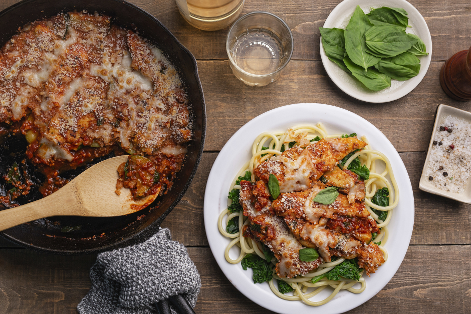 Skillet Chicken 'Parmigiana' with Mozzarella