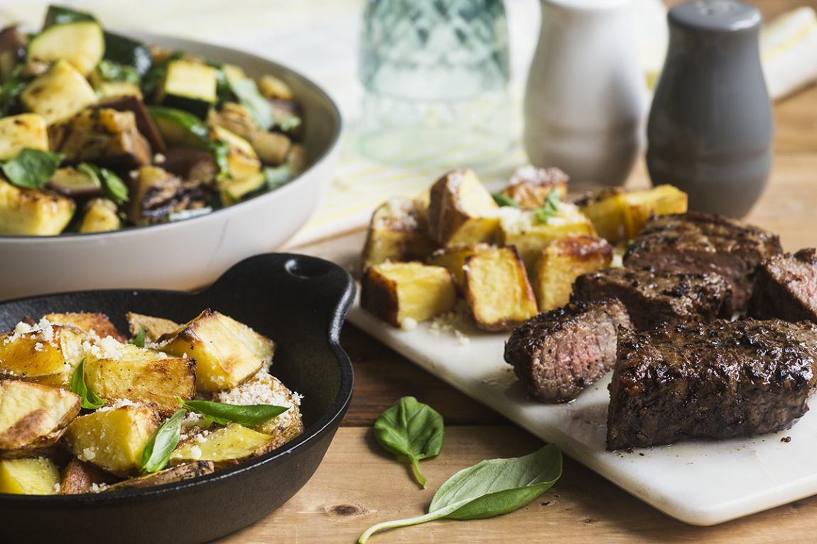 Steak poêlé avec pommes de terre au Parmesan