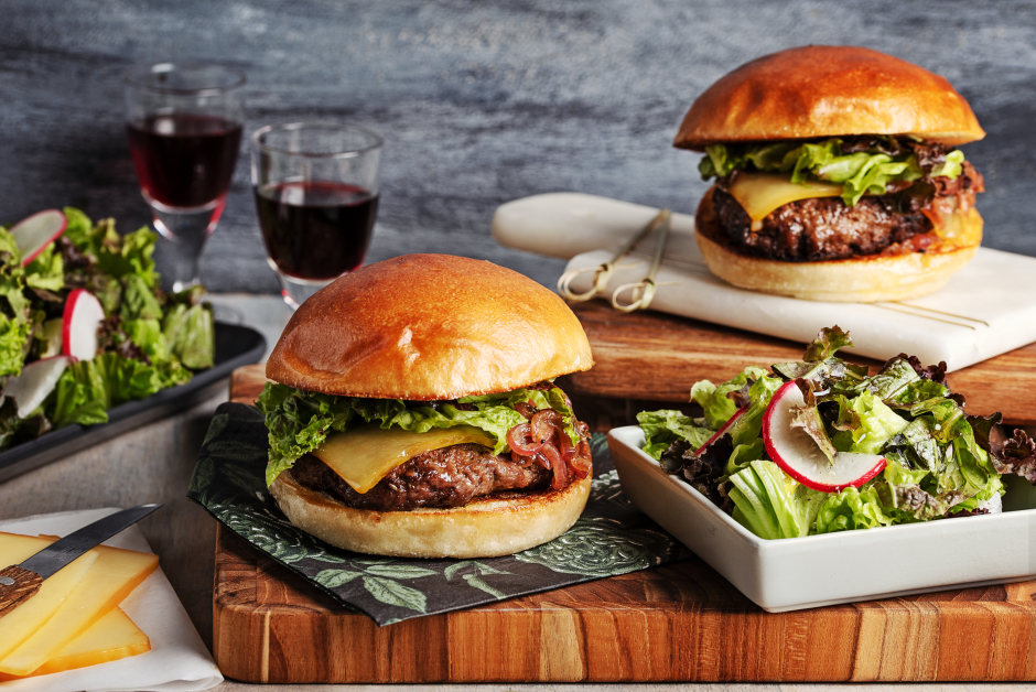 Beef & Smoked Cheddar Burgers