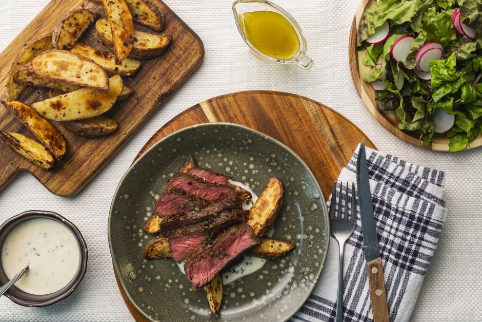 Seared Steaks & Roasted Garlic 'Hollandaise'