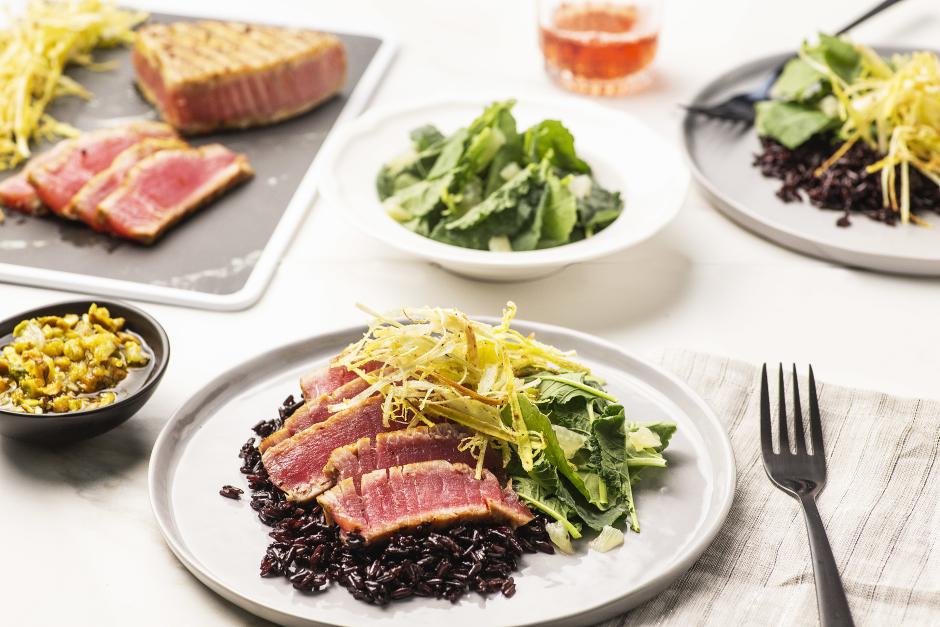 Seared Tuna with Pistachio-Lemon Vinaigrette