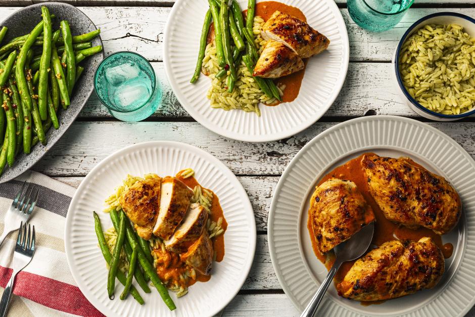 Seasoned Chicken with Creamy Rosée Sauce