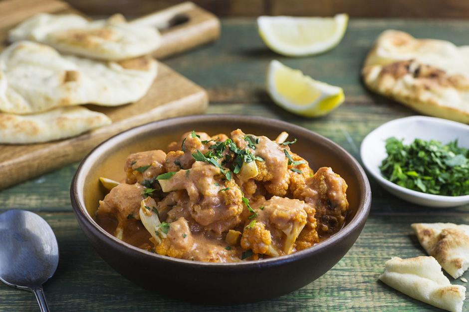 Spicy Roasted Cauliflower Thai Curry
