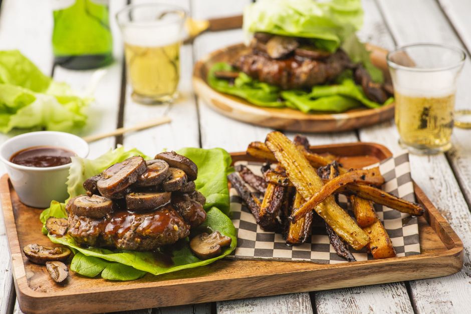 Lettuce-Wrapped BBQ Beef Burgers