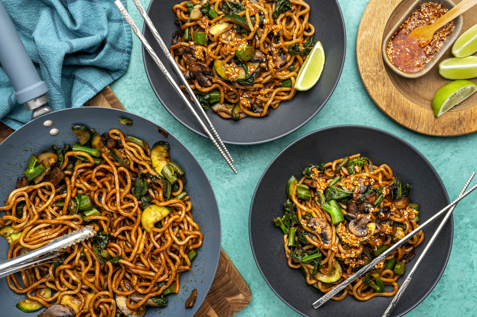Black Garlic Fresh Shanghai Noodles