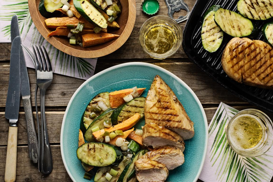 Poulet au soya & à l'érable avec salade de patates douces rôties