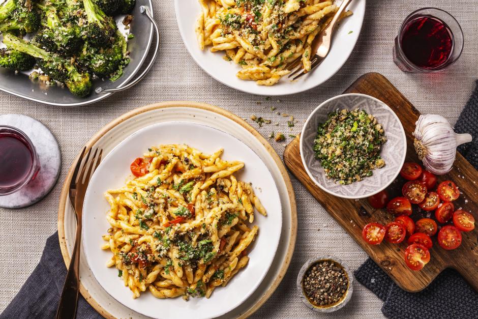 Trofie Pasta with Sun-Dried Tomato Pesto