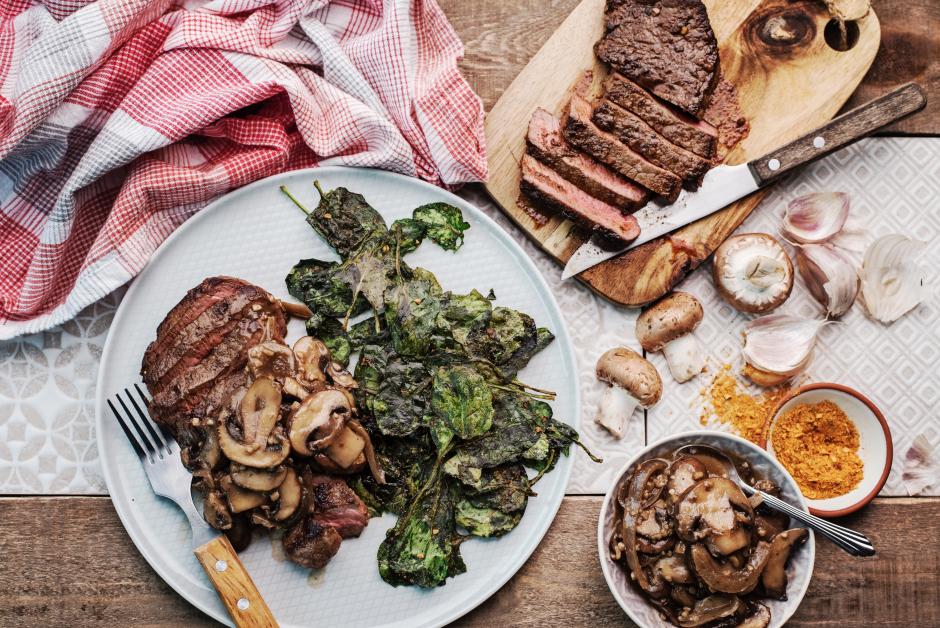 Smothered Steaks with Mushroom Pan Sauce