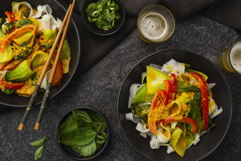 Rice Noodles in Coconut Curry Broth