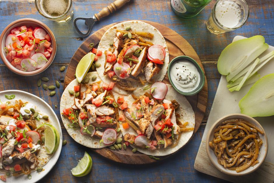 Tacos de poulet avec chayottes sautées