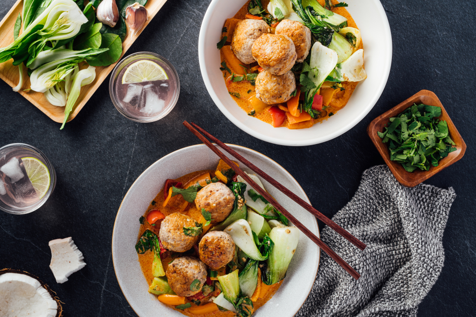 Pork Meatballs in Spicy Red Curry