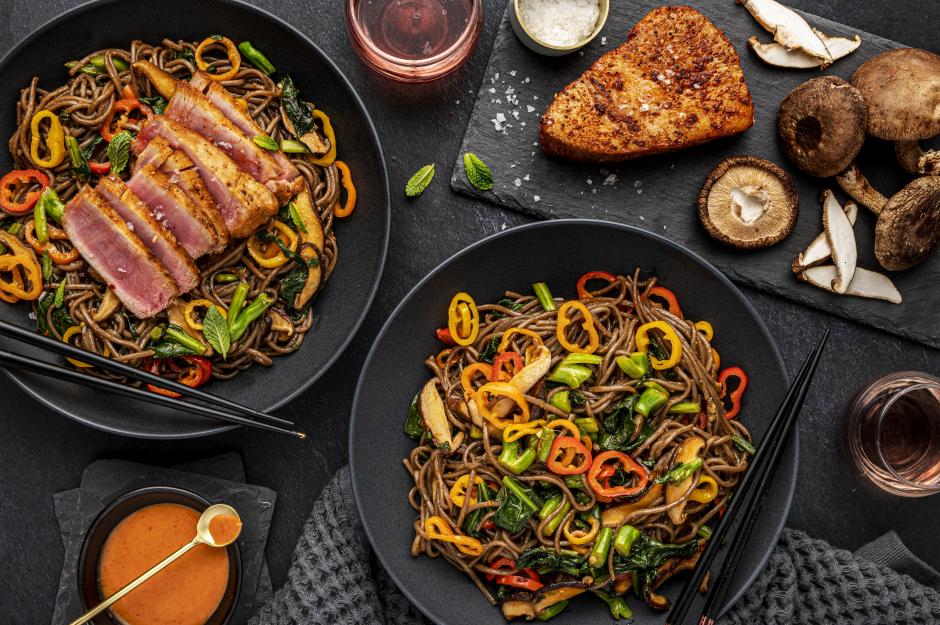 Seared Tuna & Warm Soba Noodle Salad