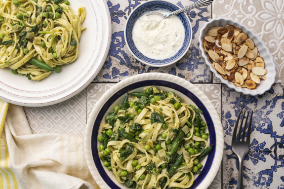 Fresh Tagliolini with Basil Pesto & Ricotta