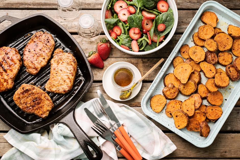 Pork Chops with BBQ-Honey Glaze